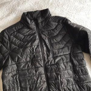 Mens Size Large Black Puffer Packable Nylon Jacket